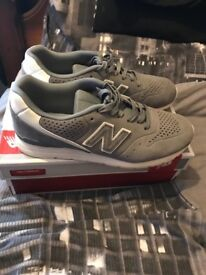 New balance trainers like new size 8