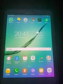 Samsung galaxy tab s2 like new