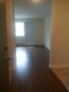 1 BEDROOM W BALCONY HALIFAX  NORTH END RENOVATED FEBRUARY 1ST