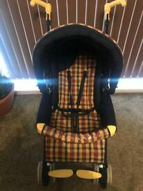 Chicco Pushchair with rain cover