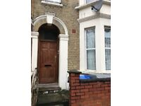 *Rooms available in a 4 bedrooms house In Willesden Junction £120.00 (Only 2 weeks deposit)
