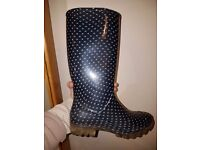 Spotty Wellington boots size 39