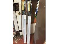 Venetian blinds white 120cm wide, 130cm drop brand new x2