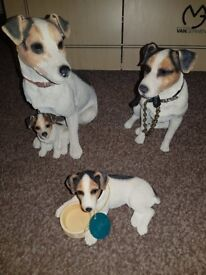 3 jack russel fugurines from the leonardo collection. 2009, 2015 & 2008. Excellent condition.