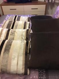 Cushions bundle 4 striped 3 plain