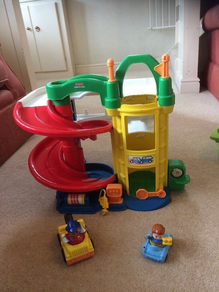 Fisher Price Racing Ramps Garage
