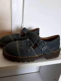 Junior Size 10 Doc Martens Sandals