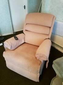 Recliner/medical chair