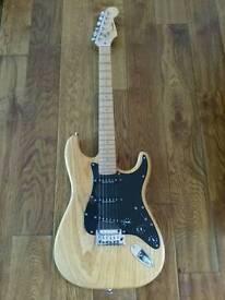 Fender stratocaster Korean Lite Ash Limited Edition 2006