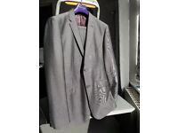 Harry Brown-Ltd Collection Grey suit Jkt40R trsrs36R