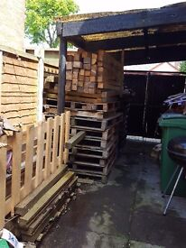 FREE WOOD AND PALLETS COLLECTION ONLY