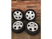 "Renault 15"" alloys wheels"