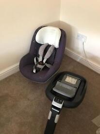 Maxi Cosi Pear Car Seat and Isofix Base