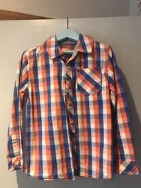 Boys long sleeved checked shirt 5-6yrs