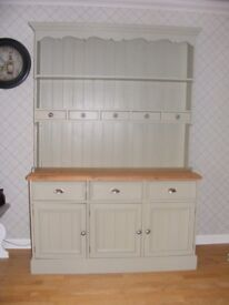 BEAUTIFUL FARROW AND BALL PAINTED DRESSER