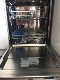 INDESIT DFG15B1 dishwasher in silver
