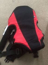Baby carrier excellent condition
