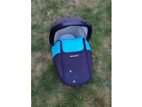 Pram/carry cot top for Maxi cosi/ Bebe Confort's Loola /Streety base