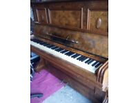 C Kemmler & Co Exquisite Wallnut Upright Piano