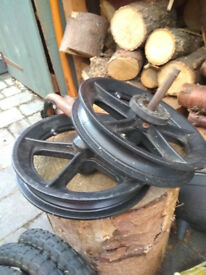 Pram wheels, tyres and inner tubes