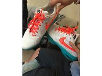 Size 7 Nike tennis trainers (court ballistic)