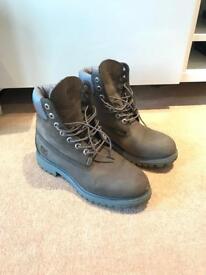 Men's Timberland boots grey