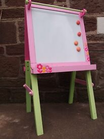 EARLY LEARNING CENTRE (ELC) DOUBLE SIDED WOODEN EASEL/BLACKBOARD, GOOD CONDITION, RRP £60