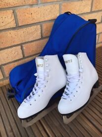 Spirit 2 Figure Ice Skating Boots - size 1 and bag
