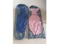 2 Children's sleeping bags