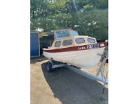 For Sale, 5.5m Broads boat, engine and launching trailer