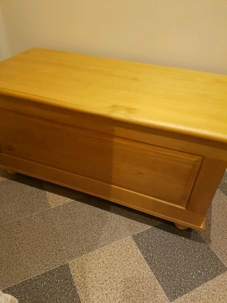 Miraculous Large Wood Ottoman Storage Blanket Box In Rotherham South Yorkshire Gumtree Inzonedesignstudio Interior Chair Design Inzonedesignstudiocom