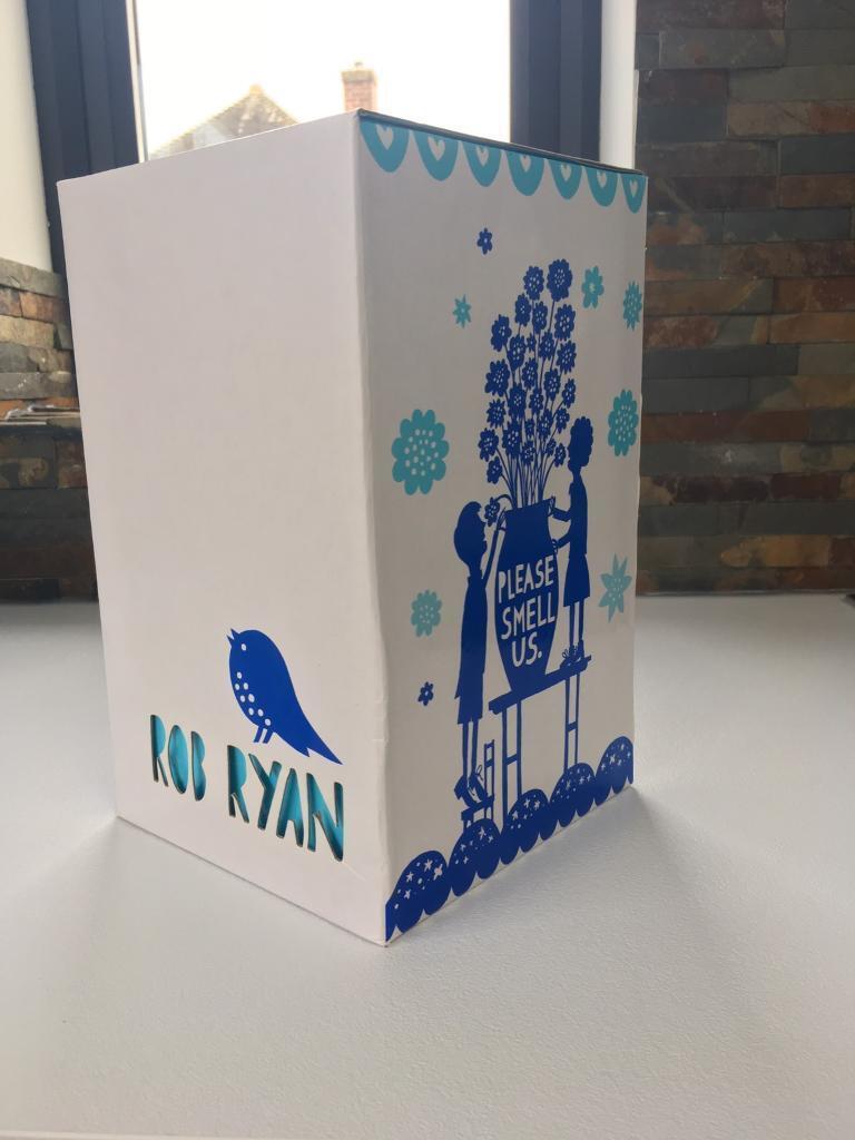 """Rob Ryan """"please smell us"""" vase BNIB"""