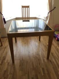 Extending dining table 4-8 seater oak & glass