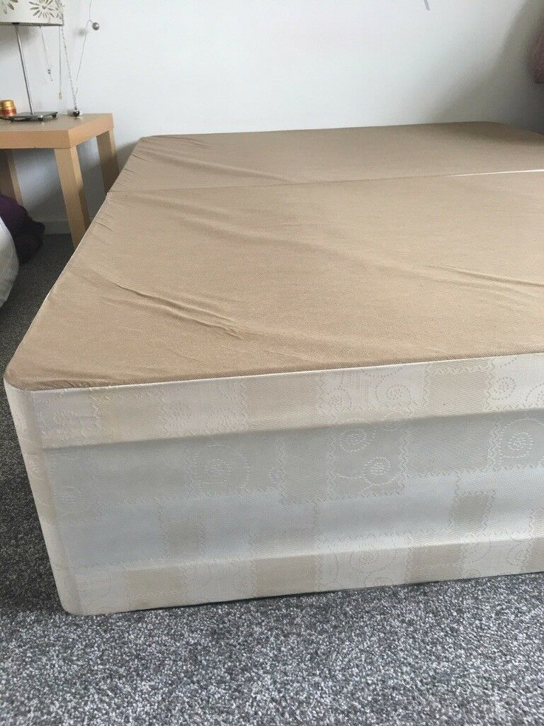 DIVAN BED DOUBLE STANDARD LIKE NEW 4 feet 6 inches wide and 6 feet 3 inches  long (137 x 190 cm)   in Blackley, Manchester   Gumtree