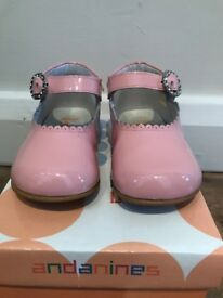 Andanines Charol Rosa Shoes