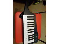 Rock Band 3 Wireless Pro Keyboard (Xbox 360) (no box)