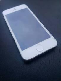 Iphone 5 64gb UNLOCKED VGC
