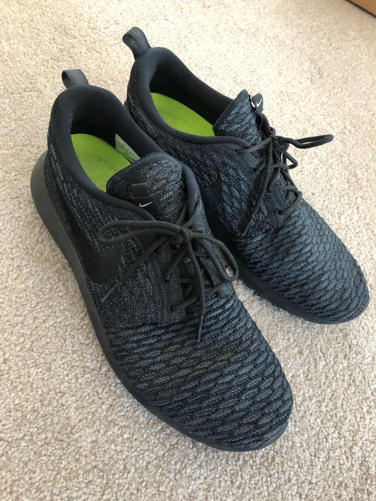 91079da0467 Men s Nike Roshe one essential ID trainers - Excellent condition (nearly  new)