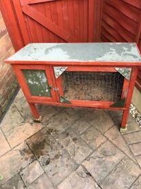 Strong rabbit/guinea pig hutch