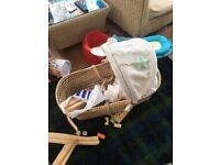 Moses basket with full parts to ensemble