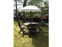 BENTS - Garden Table and Chairs with parasol
