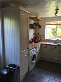 Kitchen Units + Hob, Oven and Cooker Hood - For Sale