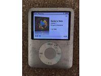 Sony iPod Dock + iPod Nano 4GB
