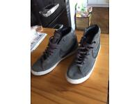 Nike trainers nearly new size 5.5