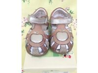 Girls' sandals, size 6F / 23, Startrite