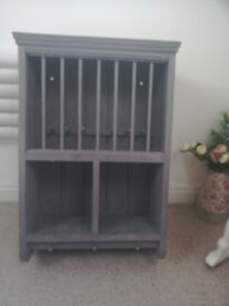 Solid wooden grey painted plate rack