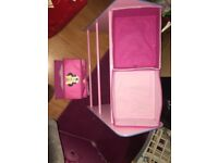 Minnie Mouse girls storage/shelve