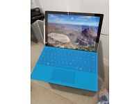 Microsoft Surface Pro 4 i7 8GB RAM 256GB SSD with Keyboard & pen