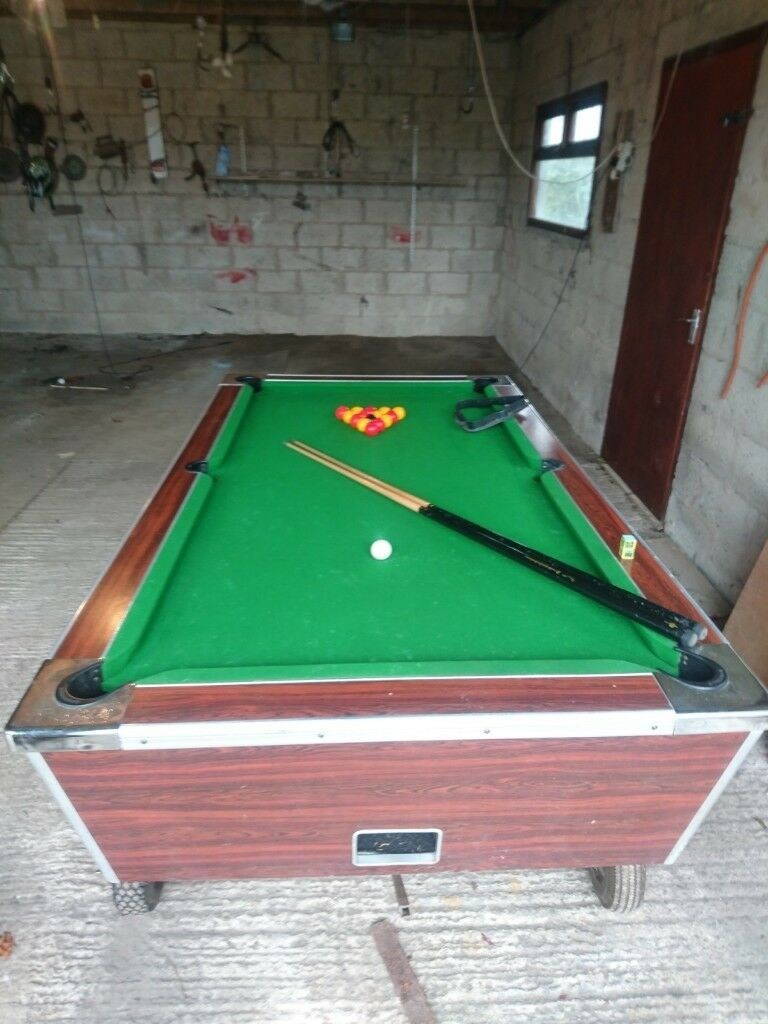 Magnificent Slate Bed Pub Style Pool Table 2 X Adult Cues Red Yellow Balls Wheels In Craigavon County Armagh Gumtree Interior Design Ideas Tzicisoteloinfo