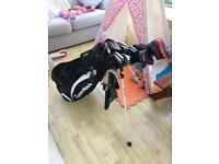 Taylormade bag & full set of clubs